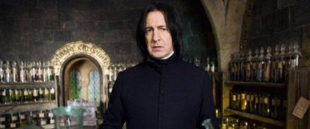 Alan Rickman qui interprète Severus Rogue dans Harry Potter